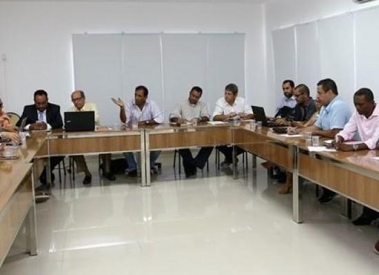 Em Ilhéus, prefeito Mário Alexandre reúne secretariado e define corte de gastos