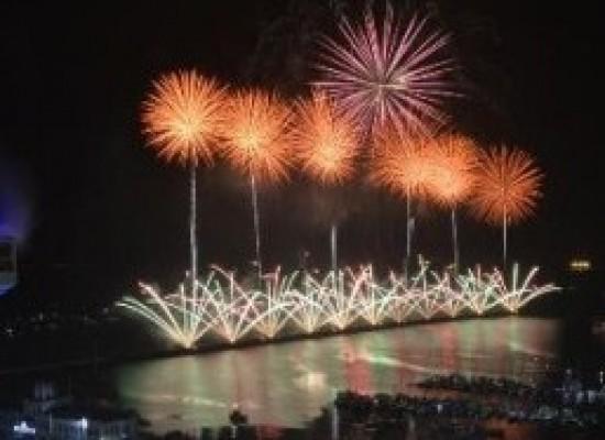 Noite da virada leva público recorde de 500 mil pessoas ao Réveillon de Salvador