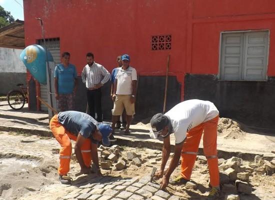 Prefeitura de Ibicaraí atende reivindicações de moradores e instala quebra-molas em Saloméa