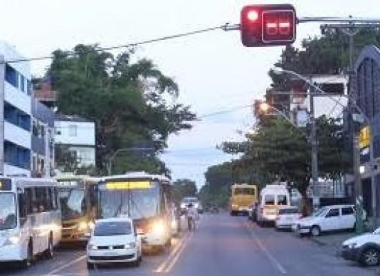 Semáforos voltam a funcionar em Ilhéus