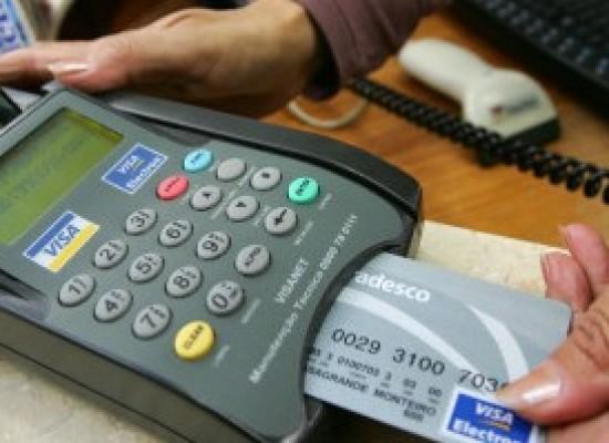 Um em cada três clientes ignora valor da fatura do cartão de crédito