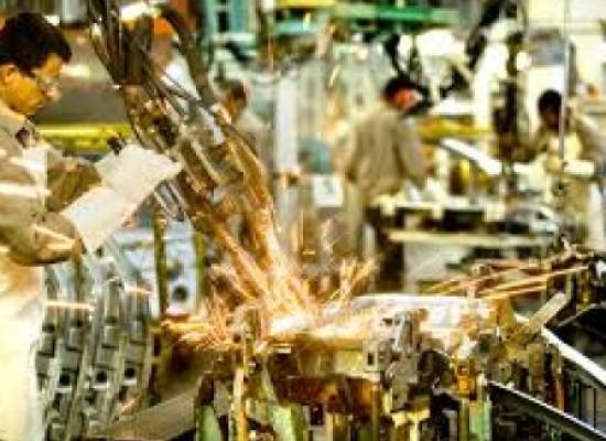 Produção industrial tem queda de 6,6% em 2016