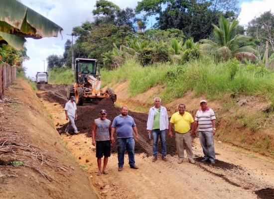 Prefeitura de Itacaré realiza  obras de melhoria das estradas