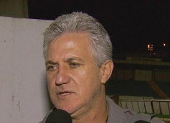 """Presidente do Boa Esporte justifica contratação de Bruno dizendo que está """"ajudando um ser humano"""""""