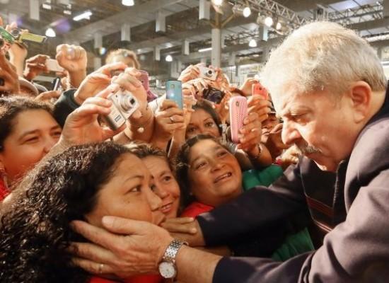 Lula tem enfrentado uma avalanche de acusações – sem prova – , na esteira do vazamento de delações premiadas, negociadas por réus em troca de liberdade