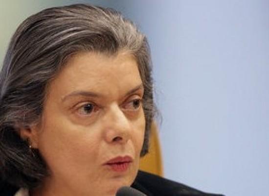 Cármen Lúcia cria comissão para monitorar processos de liberdade de imprensa
