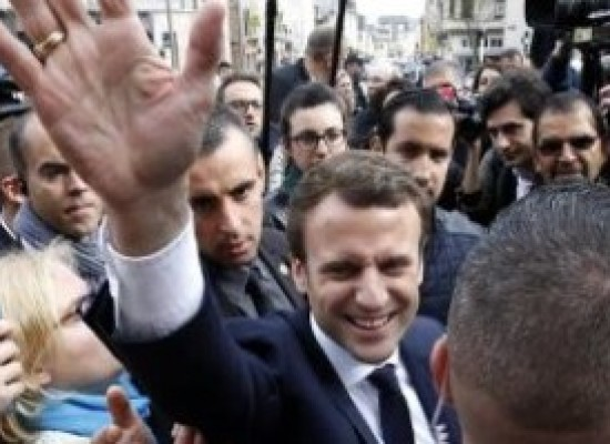 Hollande confirma que transferência de poder a Macron será no domingo