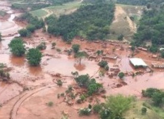 Governo conferiu licença ambiental para reconstruir Bento Rodrigues, em Mariana