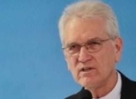 """""""Não há condições éticas de Temer seguir no cargo"""", diz secretário-geral da CNBB"""