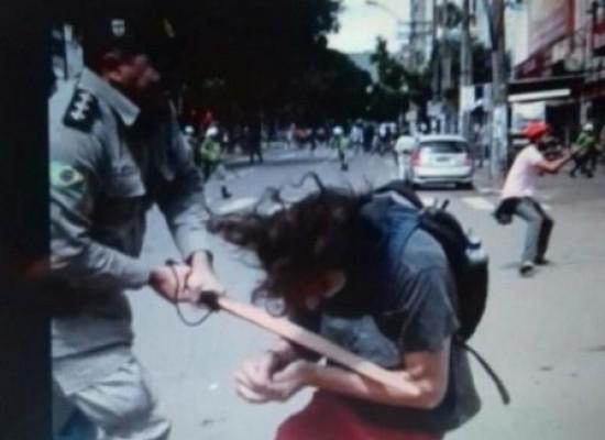 PM de Goiás afasta policial acusado de agredir estudante em protesto