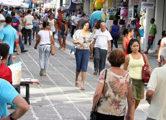Prefeitura e CDL anunciam decoração junina na Marquês de Paranaguá e Dom Pedro II
