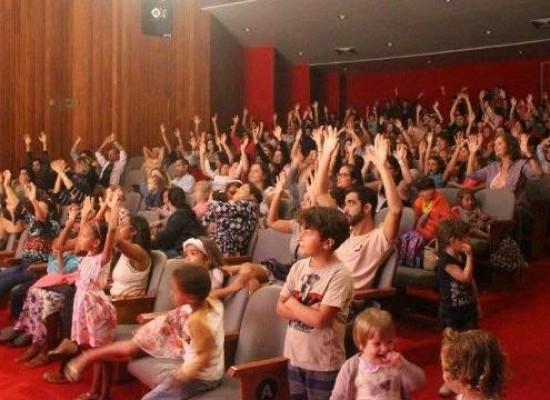 Público do Teatro Municipal de Ilhéus já ultrapassou 10 mil pessoas este ano