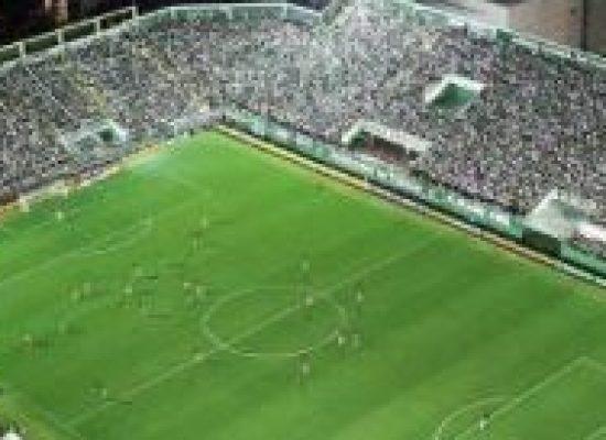 *DR. LEONARDO PANTALEÃO: Ofensas nos estádios de futebol: Homofobia, racismo ou injúria?