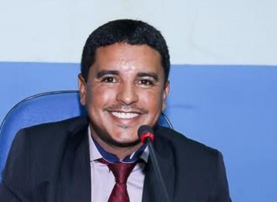Vereador Fabrício Nascimento cobra reformas e ações de melhorias pela Prefeitura