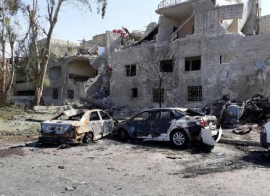 Explosões de carros-bomba deixam pelo menos 19 mortos em Damasco