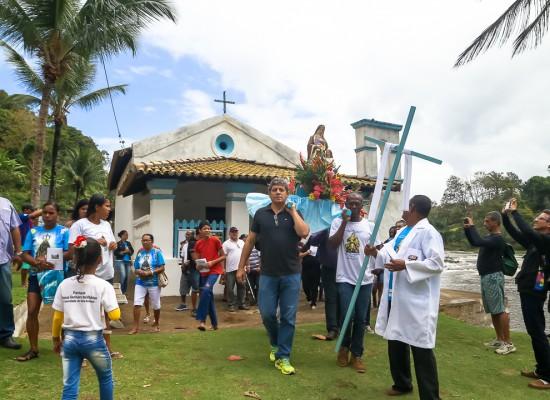 Homenagem a Senhora Sant'Ana e São Joaquim resgata procissão marítima em Rio do Engenho