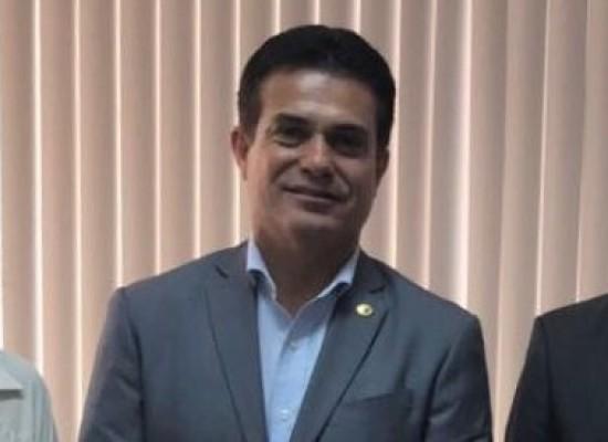 Deputado Eduardo Salles busca segurança jurídica para produtores de camarão da Bahia