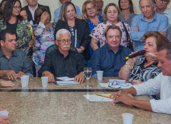 Desfiliação de Fernando Gomes, Maria Alice e da  comissão executiva implode o Democratas em Itabuna