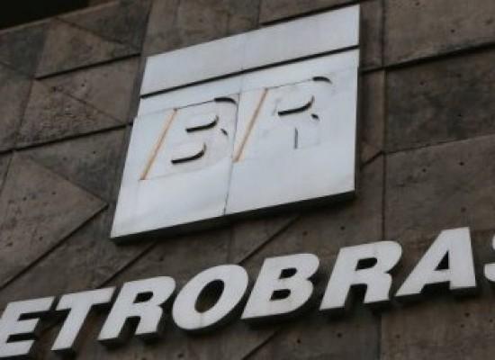 Assembleia da Petrobras aprova destituição de Castello Branco
