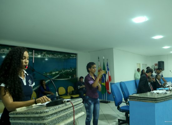 Estudantes da UFSB solicitam transporte gratuito ao município