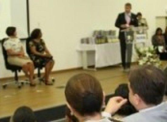 Homem é condenado a 15 anos de prisão por feminicídio em Simões Filho