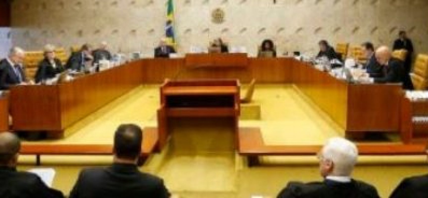 Barroso concede liminar para permitir apenas uma reeleição na Assembleia Legislativa de Alagoas