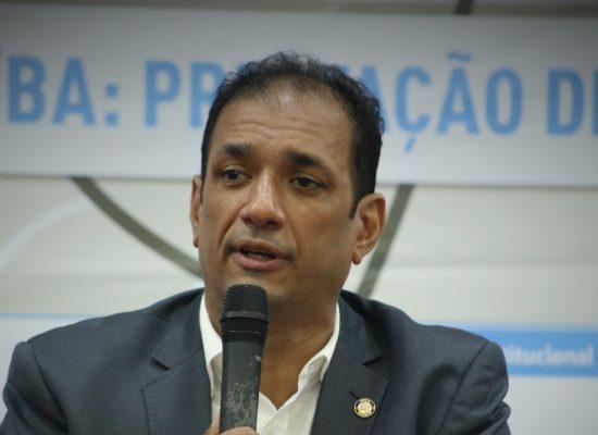 Mudança de concessionários no aeroporto é um caminho estrategicamente pensado, diz prefeito