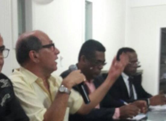 Primeira audiência pública entre Câmara e sociedade aconteceu na segunda-feira (21)