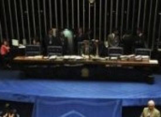 Senado aprova em primeiro turno PEC do Simples Municipal
