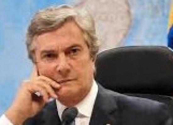 Embaixadores e senadores são cotados para assumir Ministério das Relações Exteriores