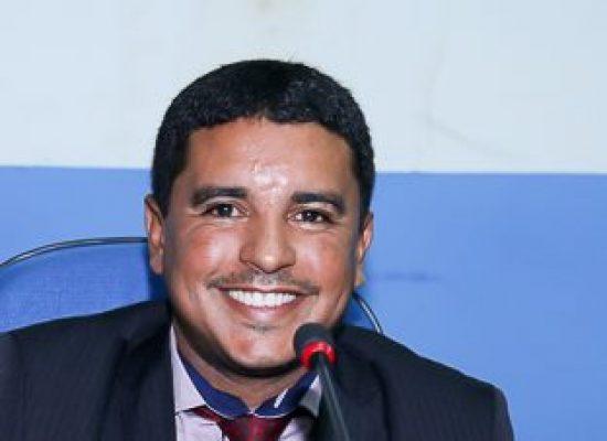 Em reunião com secretário, Fabrício Nascimento cobra execução de ações em Ilhéus.