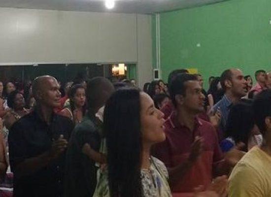 Igreja Labaredas de Fogo comemora 08 anos de fundação em Ilhéus
