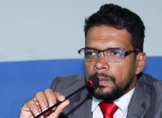 Jerbson Moraes afirma que projeto sobre taxa de esgoto deve ser considerado constitucional pela Câmara