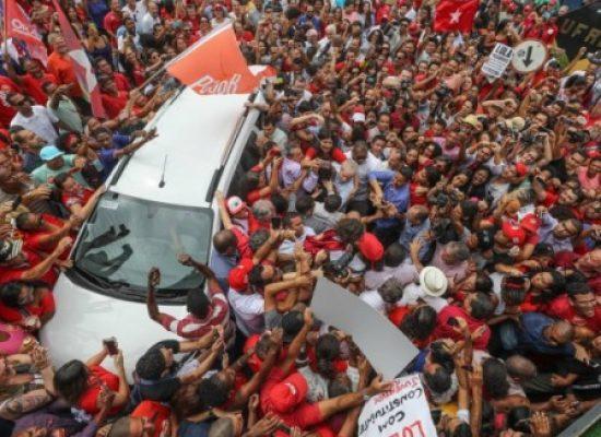 Lula lidera todos os cenários para 2018, aponta pesquisa CNT
