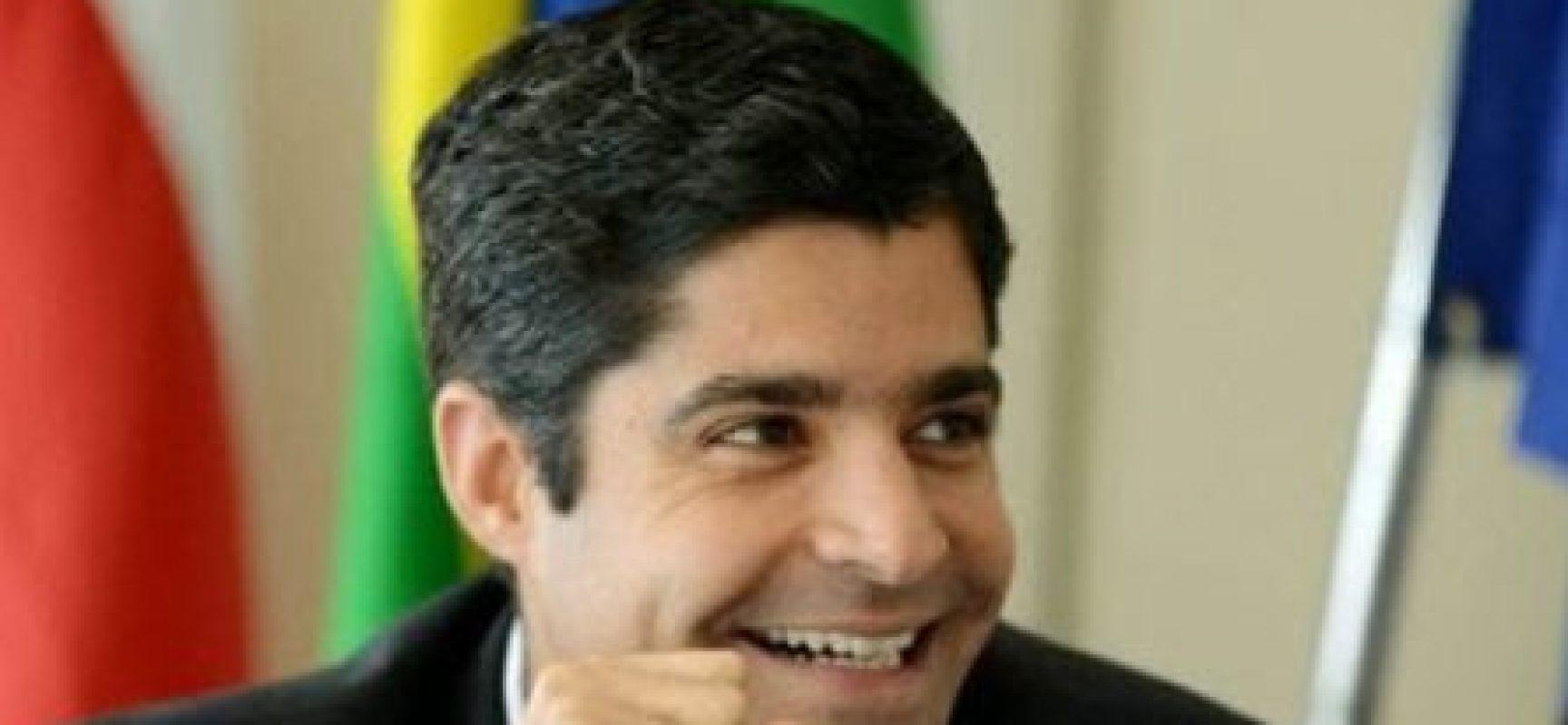 ACM Neto participa de reunião de representantes do centro sobre eleições 2022
