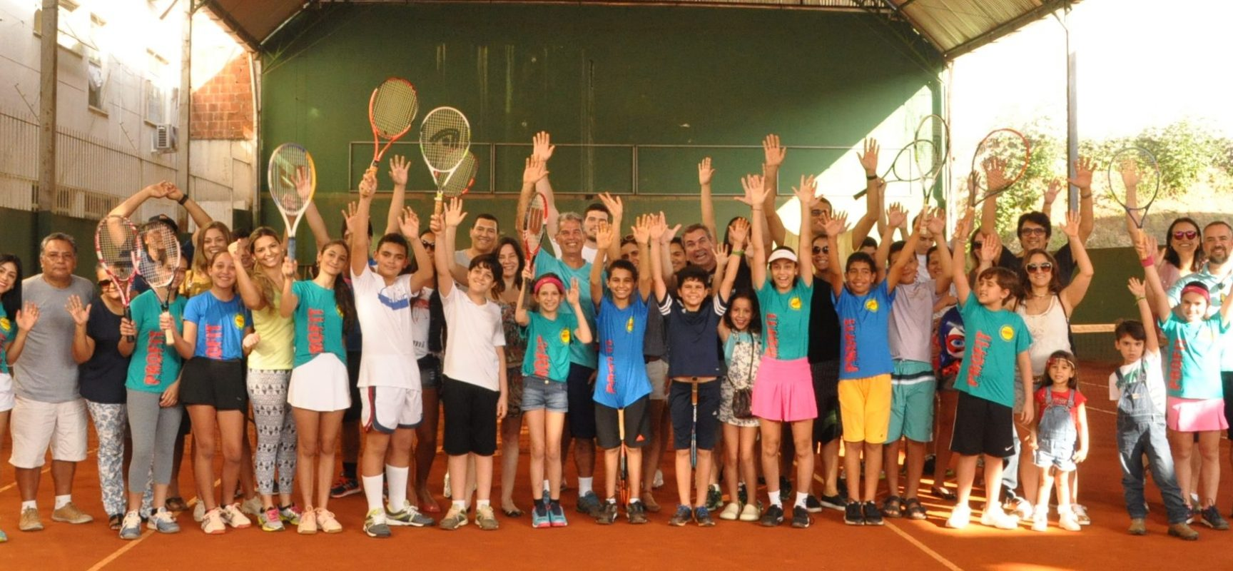 Ensino do tênis faz tradição no Sul da Bahia com 20 anos da Academia Profit
