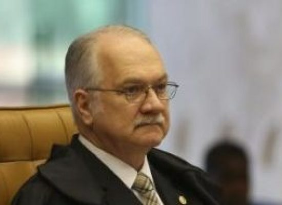 Fachin arquiva inquérito contra Renan, Jucá e Sarney na Lava Jato