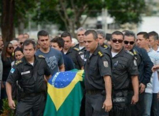 Matadores serão presos, diz subsecretário de Segurança em enterro de coronel