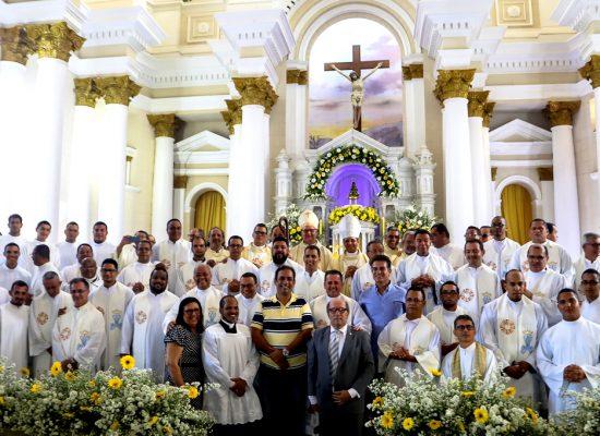 Nos 50 anos da Catedral bispo destaca parceria em nome da justiça e do atendimento aos mais pobres