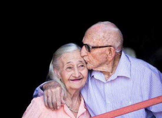 Sancionada prioridade especial para maiores de 80 anos