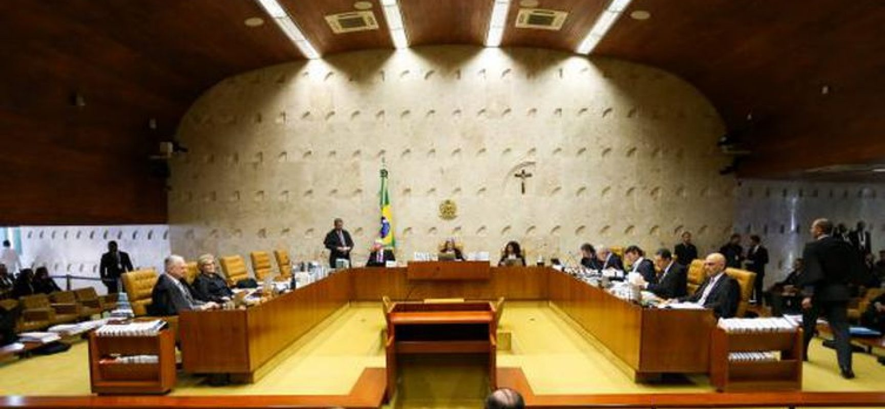 Fux marca para terça-feira julgamento sobre CPI da covid-19
