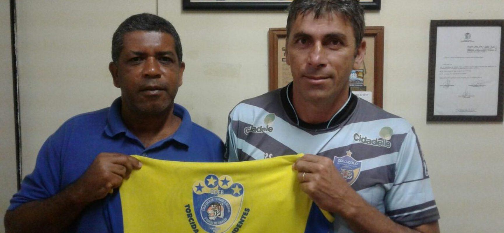 """Torcida """"Os Independentes"""" apoia a nova parceria do Colo Colo com o empresário Wellinton Nascimento"""