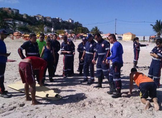 Samu treina equipe para atendimento em caso de afogamentos em Ilhéus