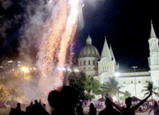 Na avenida, Réveillon terá festa com Vingadora, Cacau com Leite, Papazoni e bandas regionais