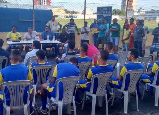 Colo Colo/Arezza apresenta elenco à imprensa numa grande recepção da torcida ilheense