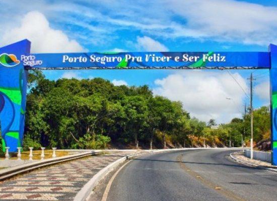 Prefeitura de Porto Seguro demite 150 funcionários