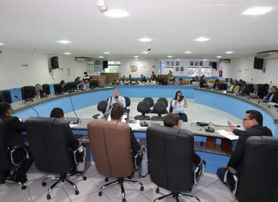 Ilhéus: Secretário de Administração foi ouvido pelos vereadores sobre licitações