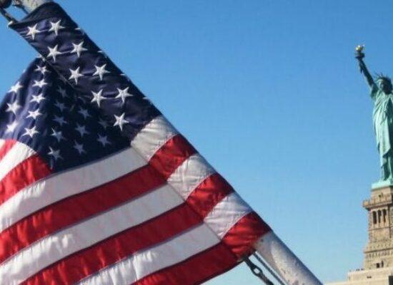 Enquanto EUA contam votos, mundo espera resultado das eleições