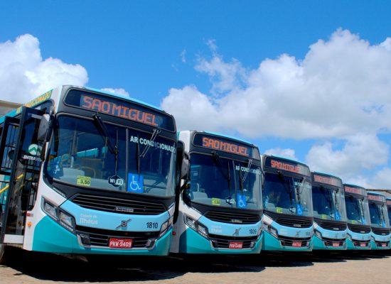 Novos ônibus, aplicativo e reforma dos abrigos vão melhorar o transporte coletivo a partir de 2019
