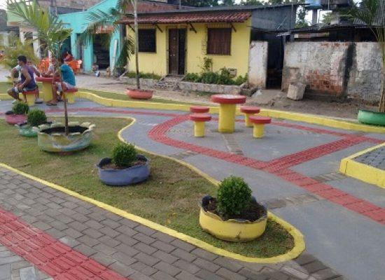 Sambaituba é beneficiada com construção de praça